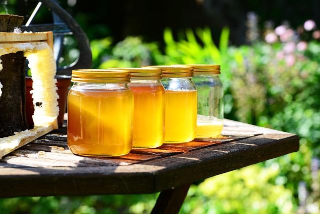 divers pots de miel